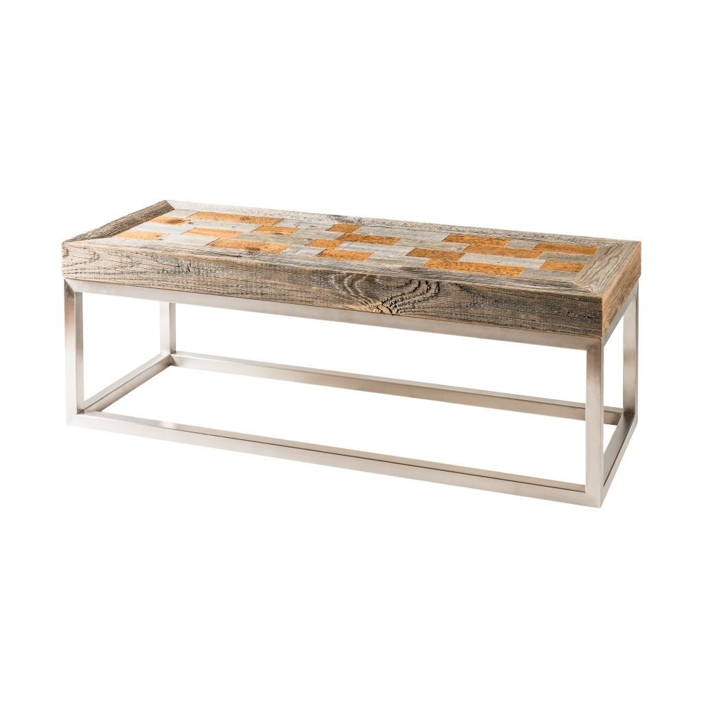 <p>Questo tavolino è caratterizzato dall'accostamento di due materiali dalla forma e dalla sostanza completamente diverse: un massiccio piano in legno articolato in rettangoli arlecchino, una base metallica dalla struttura essenziale e moderna. Il design si ispira al famoso monte ampezzano dalla forma a conchiglia: il Cristallo. La parola Pestuze in dialetto ampezzano significa pezzetti. Abbiamo [&hellip;]</p>