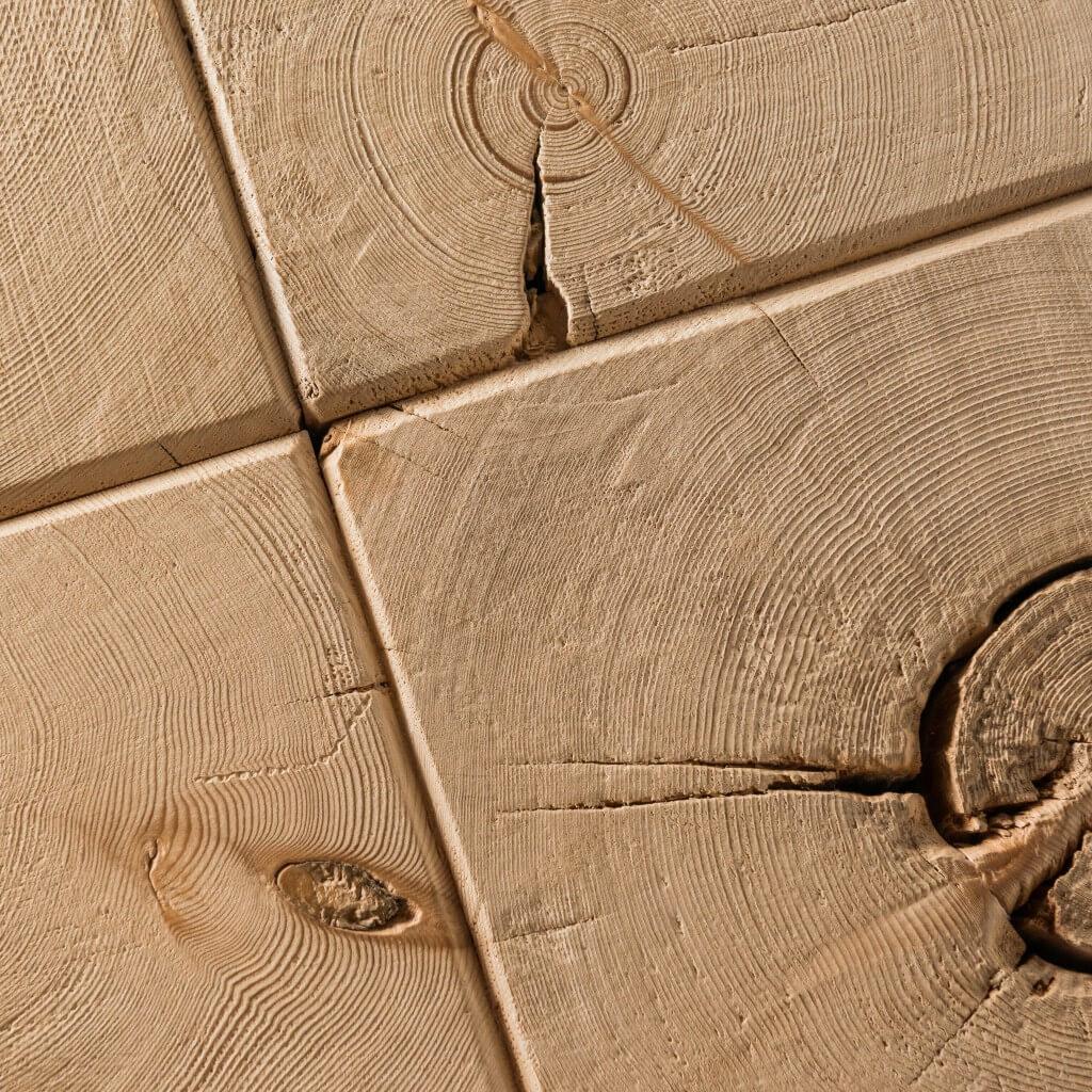 <p>Gli sgabelli e le sedie della line Toulà Traè mantengono la bellezza e la consistenza del legno, mostrandone nodi e venature. Il materiale utilizzato per questo prodotto è ricavato dai vecchi fienili, posti nel retro delle case ampezzane dove veniva stipato e conservato il fieno, lontano dall'umidità. La parola Traè, in dialetto ampezzano, significa travi. […]</p>
