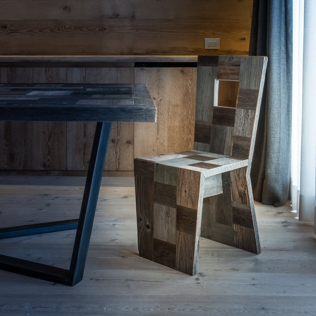 <p>The word Pestuze in local Ampezzano dialect means small pieces. We chose this name because all the items in this line our skilfully created by our carpenters by taking bits and pieces of our recycled wood. Ancient fir and larch wood are used.</p>
